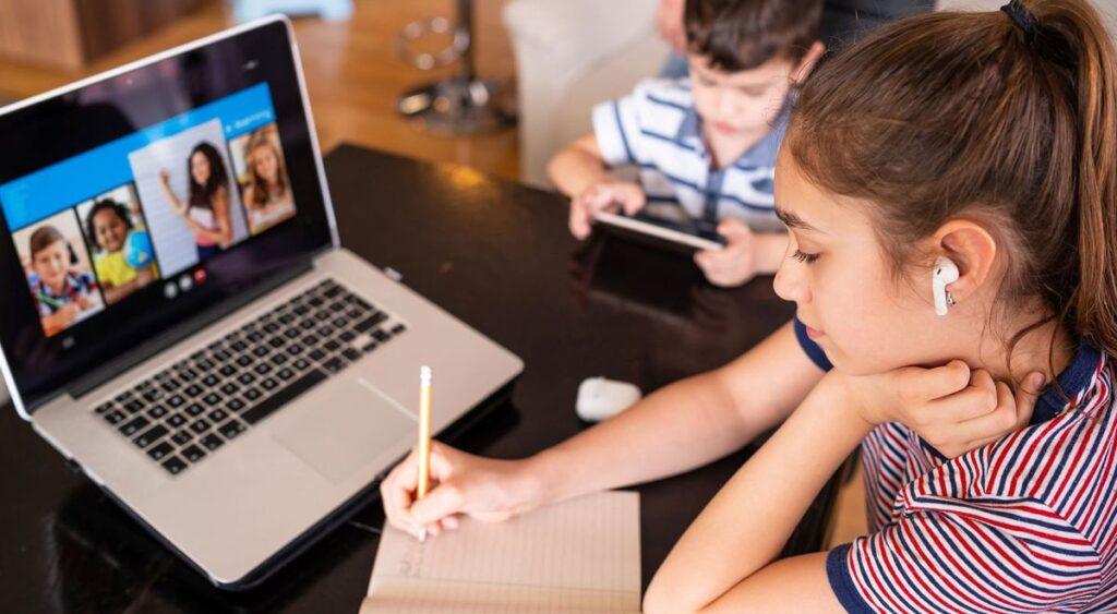 clases en línea secundaria